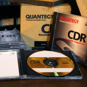 Quantegy 24 KT Gold Recordable CD 74 min/650 MB